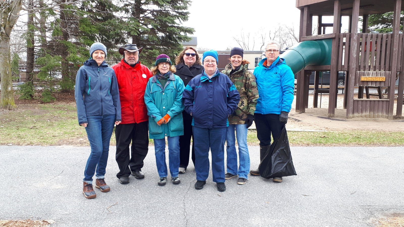 The Stittsville Goulbourn Horticultural Society organized a clean-up along the Trans Canada Trail
