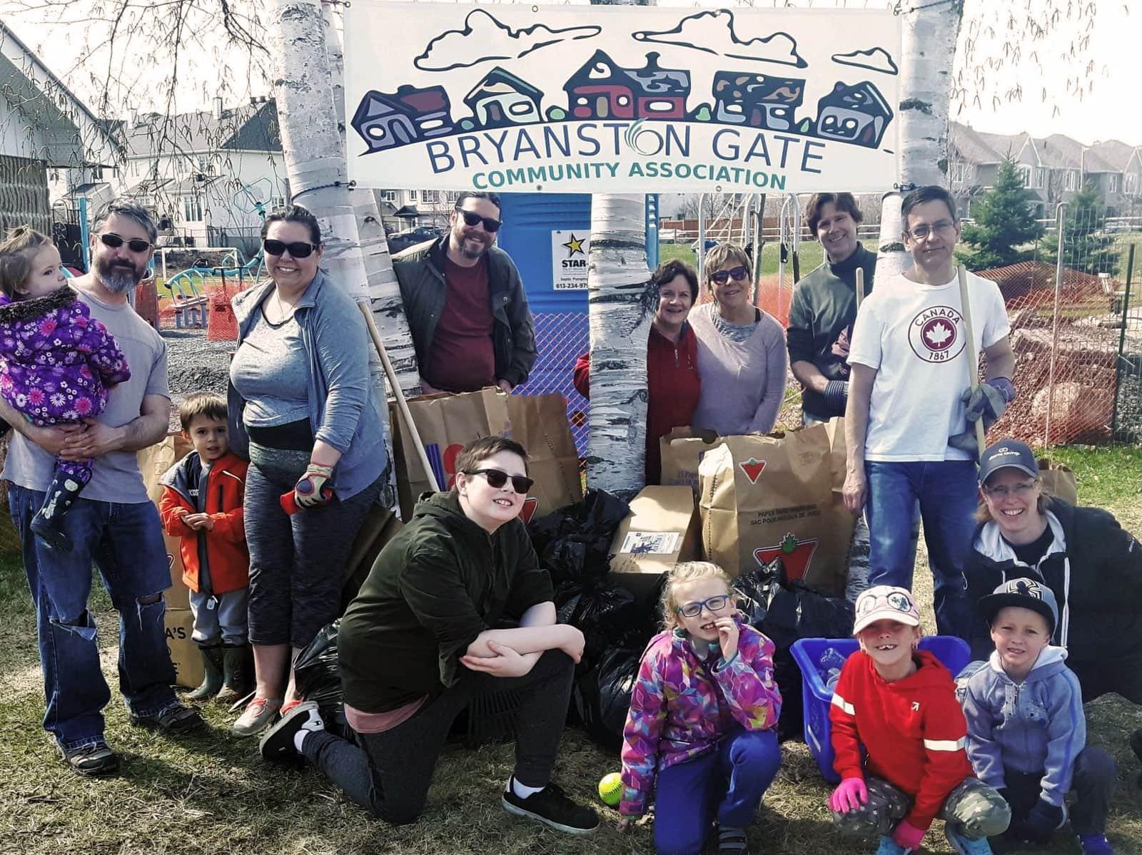 The Bryanston Gate Community Association organized a clean-up in their neighbourhood park