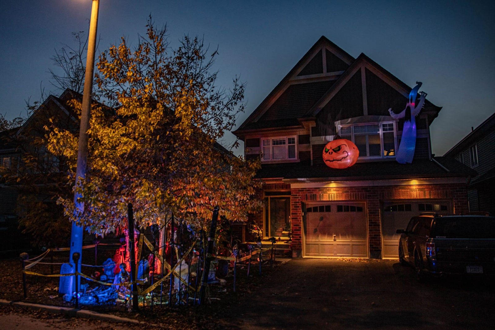 Halloween on Overland in Jackson Trails